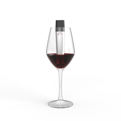 Small wineglasswithproduct1