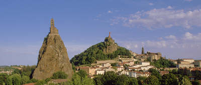 Small 0855   les monuments du puy en velay   hd 5074281751 o