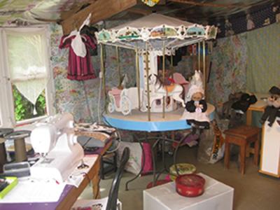 Small atelier poupee grand mere