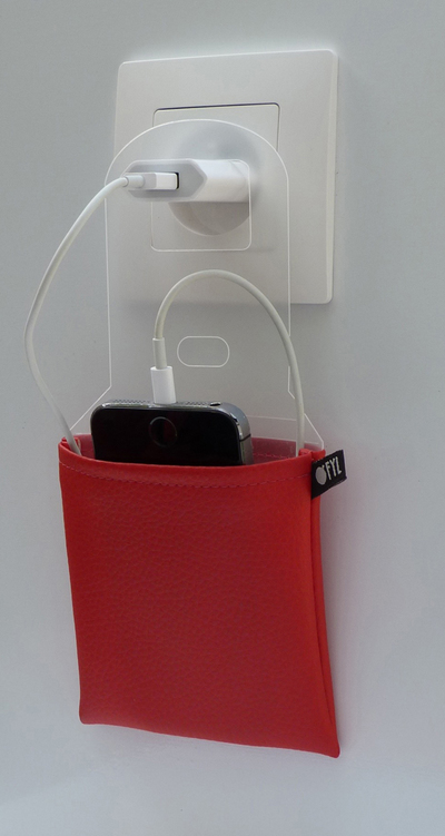 Small ofyl case rouge suspendu hd