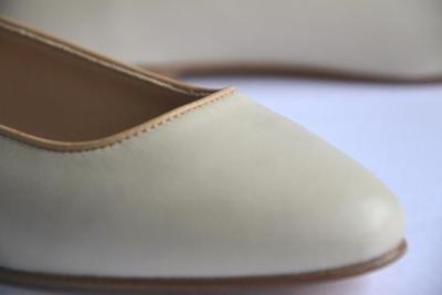 Small ballerine ivoire detail marie paris.fr