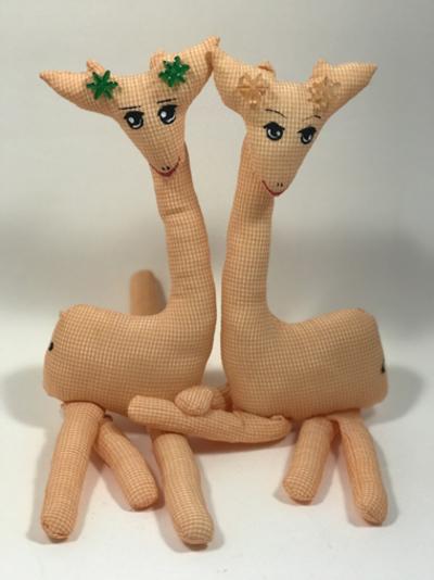 Small girafes twodoux 18