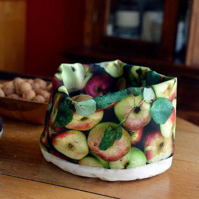 Small corbeille imprim e pommes legumes cuisine maron bouillie paris situation